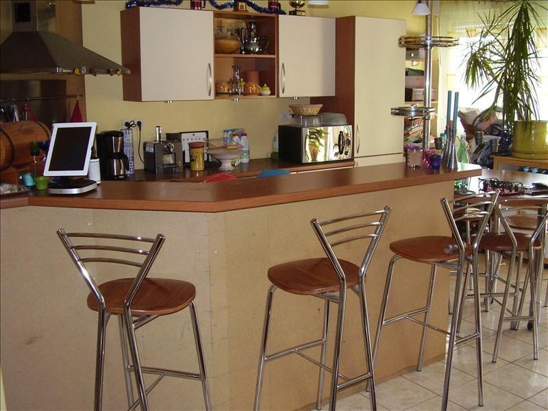 Sale apartment Montpellier 242000€ - Picture 2
