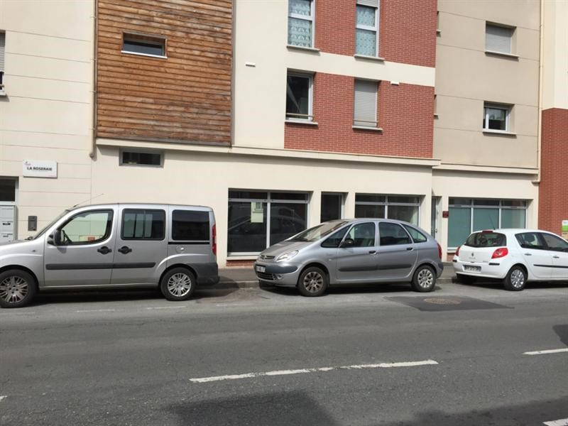 Location Local commercial Notre-Dame-de-Bondeville 0