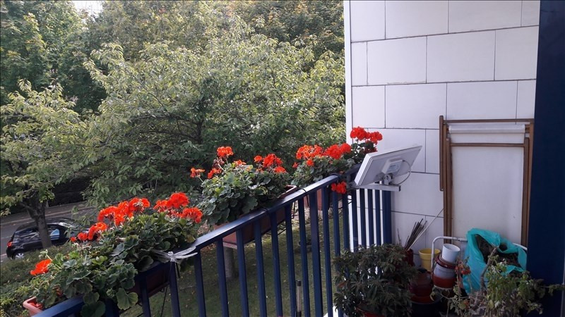 Sale apartment Louveciennes 260 000€ - Picture 2