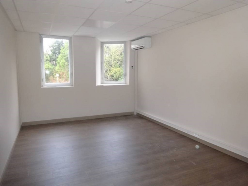 Rental office Avignon 3 000€ CC - Picture 2