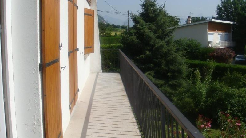 Location maison / villa Claix 1275€ +CH - Photo 3