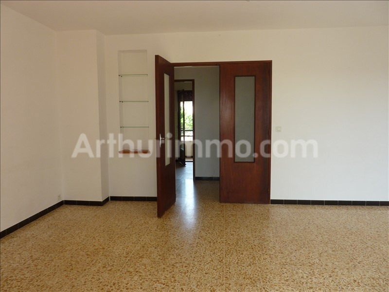Rental apartment Saint-aygulf 806€ CC - Picture 2