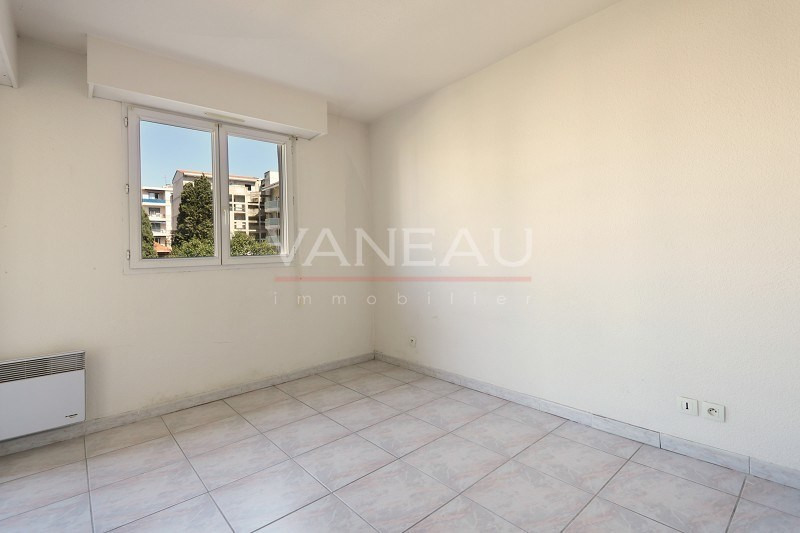 Vente de prestige appartement Juan-les-pins 165 360€ - Photo 5