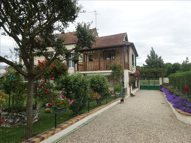 Sale house / villa Sens 165 850€ - Picture 1