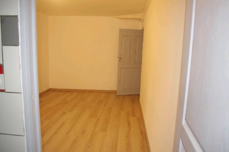 Rental apartment Vernaison 585€ CC - Picture 6