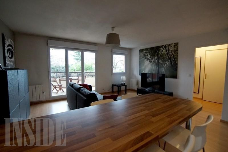 Verkoop  appartement St genis pouilly 240000€ - Foto 2