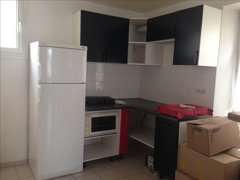 Location appartement Lagny sur marne 720€ CC - Photo 2