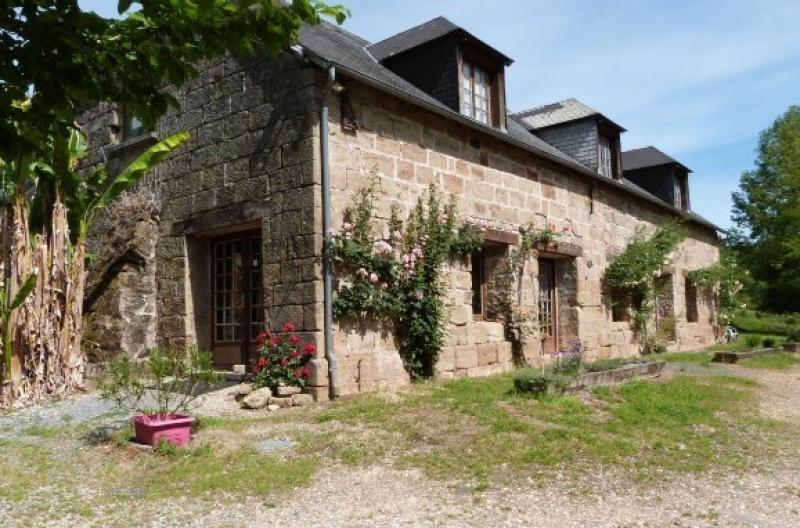 Deluxe sale house / villa Cublac 870 000€ - Picture 1