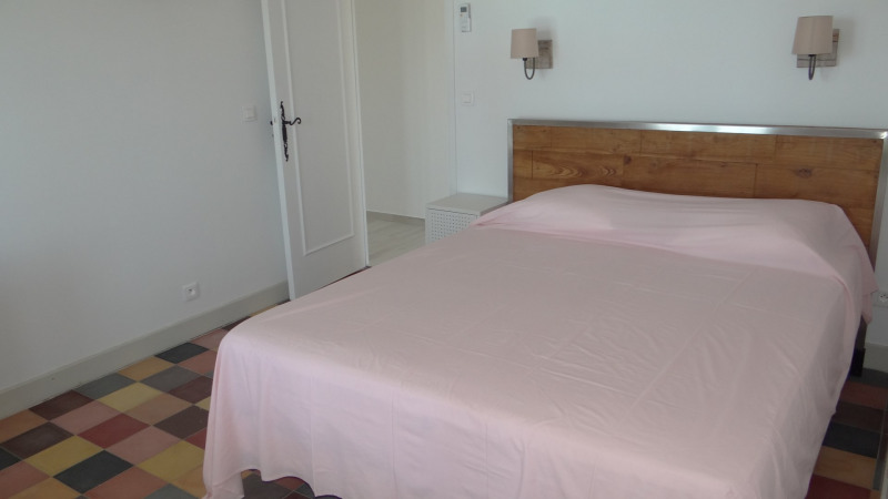 Vacation rental house / villa Cavalaire sur mer 3 500€ - Picture 24