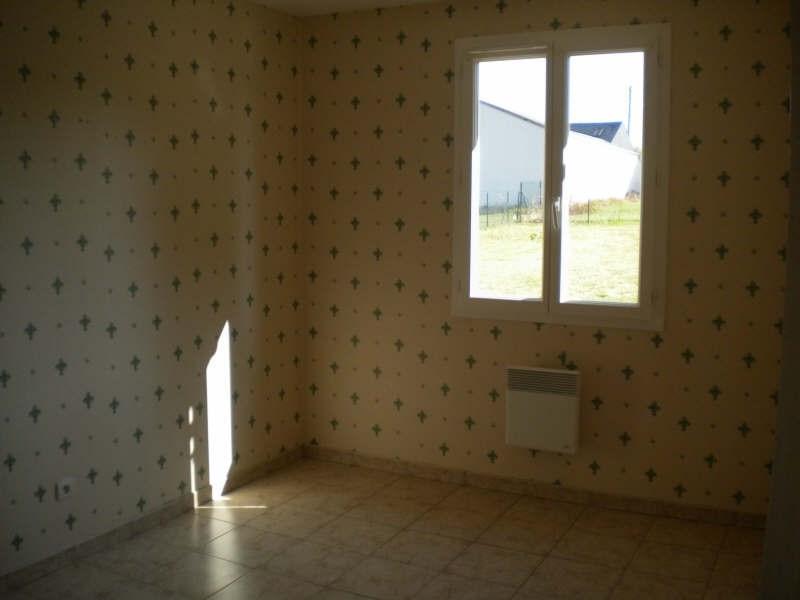 Location maison / villa Huisseau en beauce 654€ CC - Photo 7