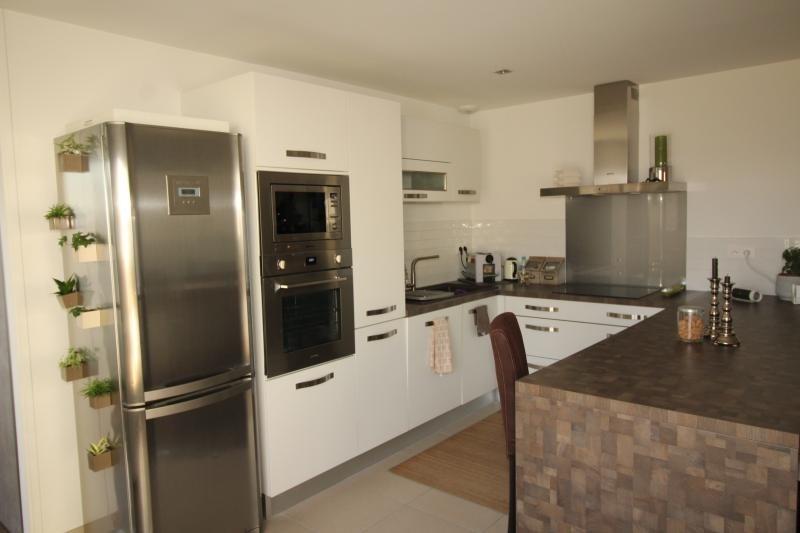 Vente appartement Salon de provence 229000€ - Photo 4