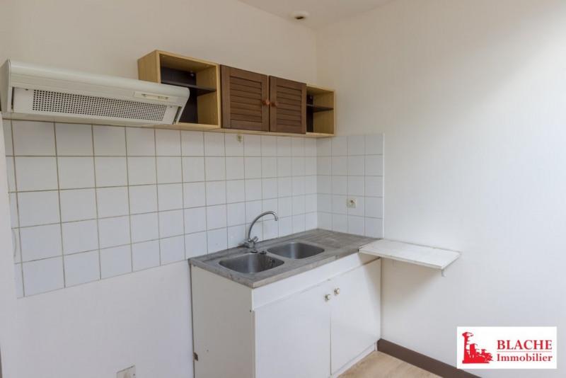 Rental apartment Loriol-sur-drôme 391€ CC - Picture 1