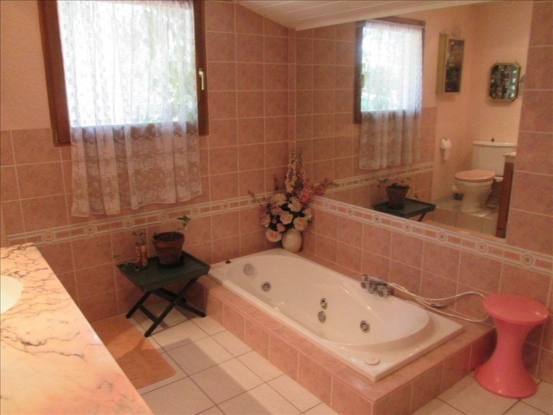 Sale house / villa Escource 212000€ - Picture 6