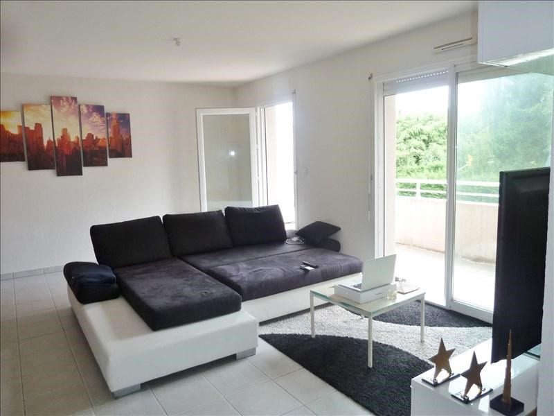 Rental apartment Gelos 565€ CC - Picture 1