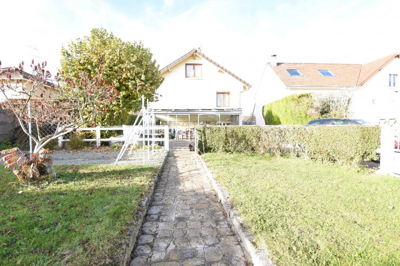 Sale house / villa Chambly 271 000€ - Picture 2