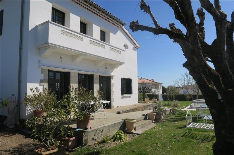 Deluxe sale house / villa Vaux sur mer 710000€ - Picture 2