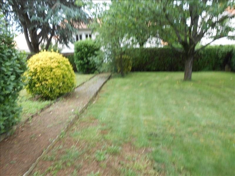 Vente maison / villa Echire 137800€ - Photo 10