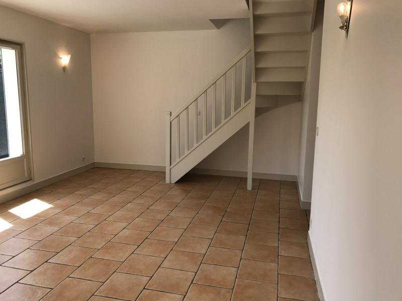Rental apartment Garches 1720€ CC - Picture 3