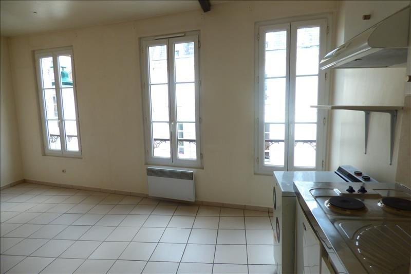 Rental apartment Fontainebleau 450€ CC - Picture 2