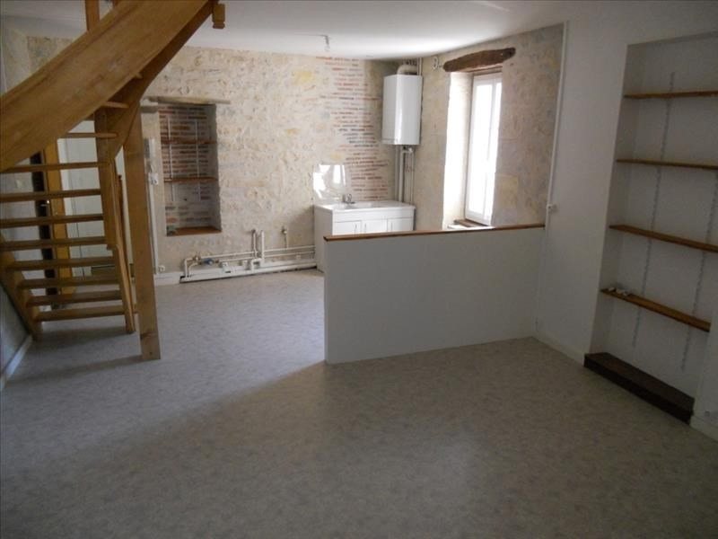 Rental apartment Nevers 400€ CC - Picture 1