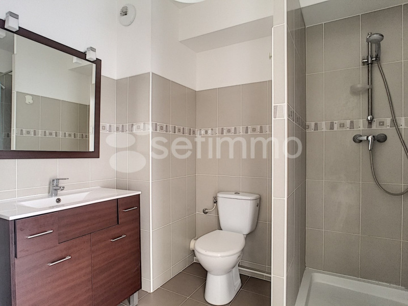 Location appartement Marseille 5ème 681€ CC - Photo 7