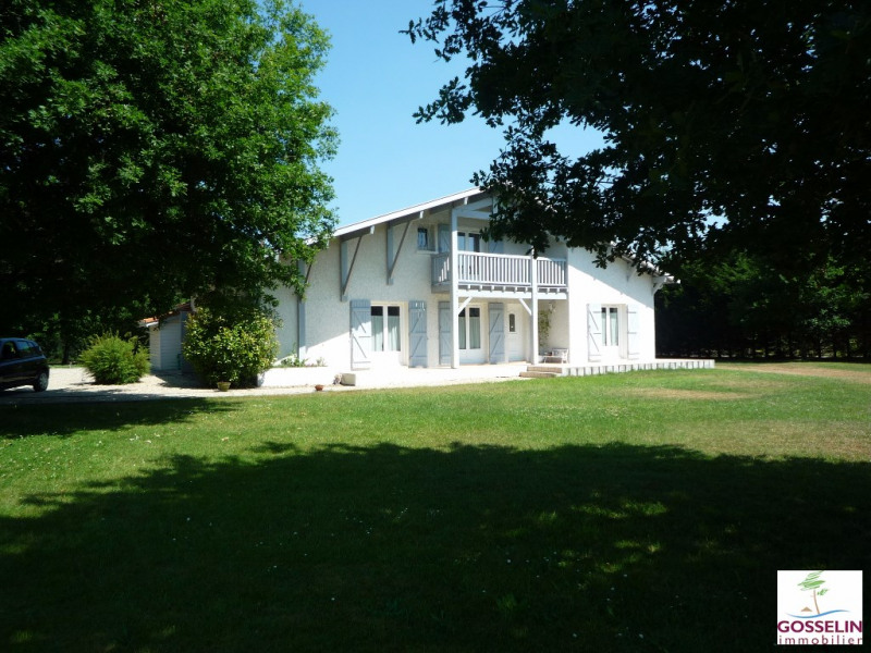 Location maison / villa Parentis en born 1 550€ CC - Photo 2