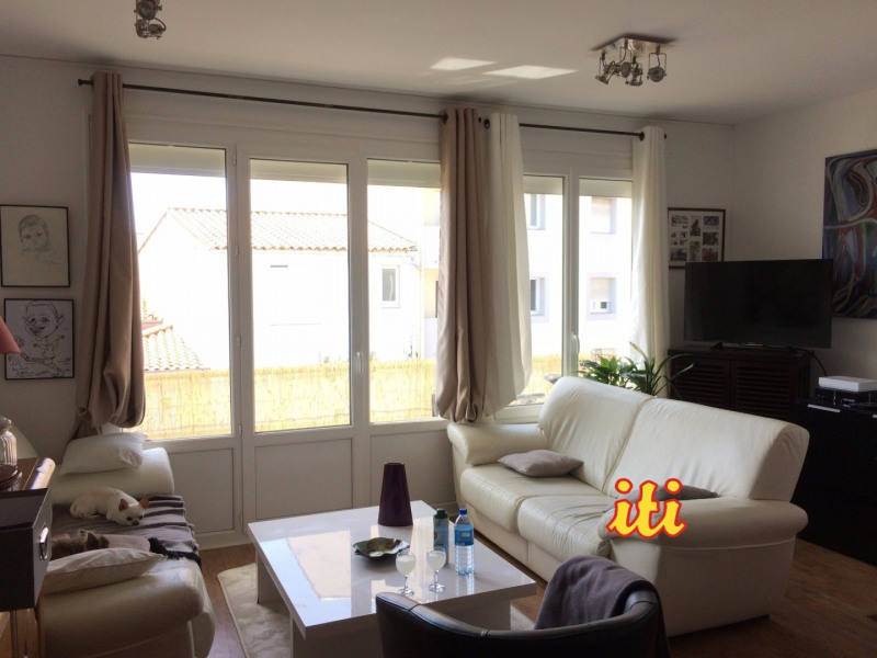 Sale apartment Les sables d olonne 232000€ - Picture 1