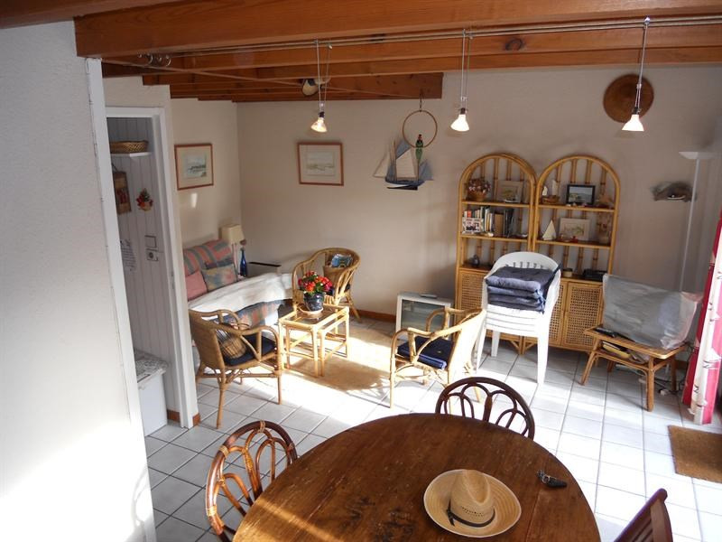 Vacation rental house / villa Vaux-sur-mer 568€ - Picture 4