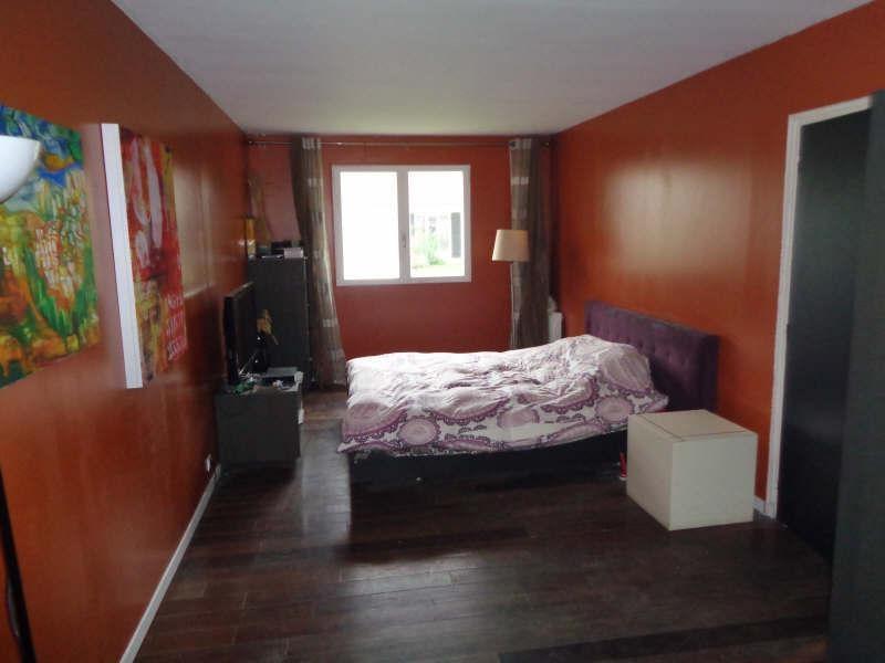 Sale house / villa Lesigny 424000€ - Picture 4
