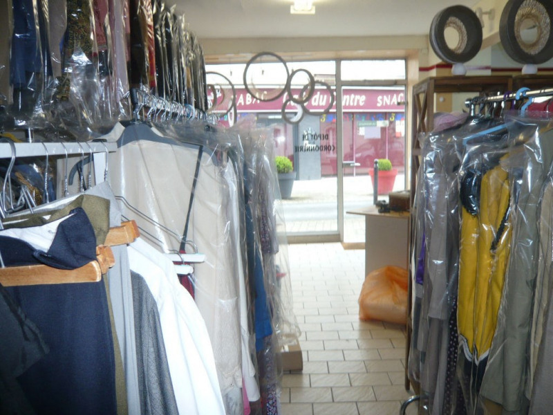 Vente fonds de commerce boutique Meslay du maine 24 000€ - Photo 4