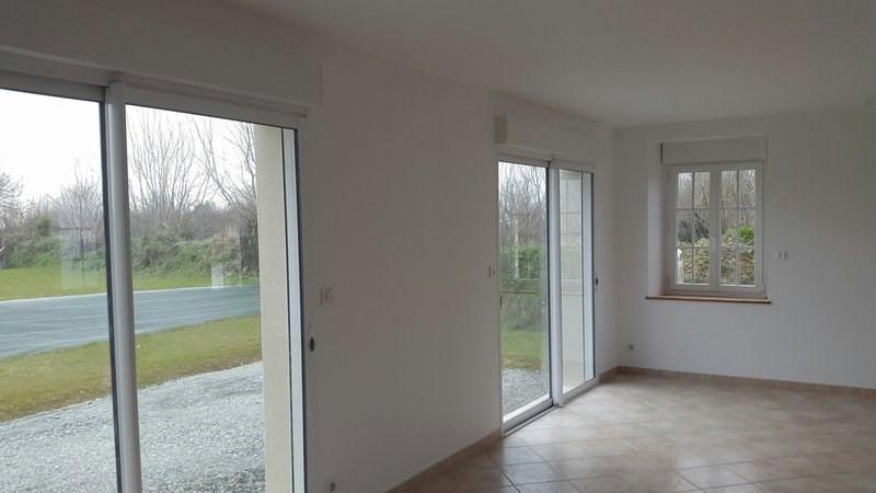 Locação casa Montsurvent 650€ CC - Fotografia 5