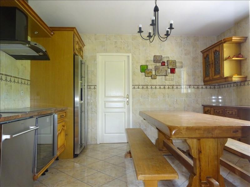 Sale house / villa St genis laval 379000€ - Picture 6