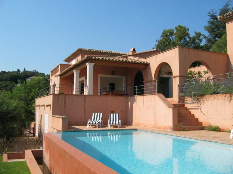 Deluxe sale house / villa Les issambres 1375000€ - Picture 2