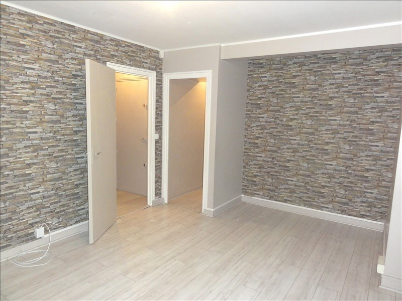 Rental apartment Colombes 860€ CC - Picture 2