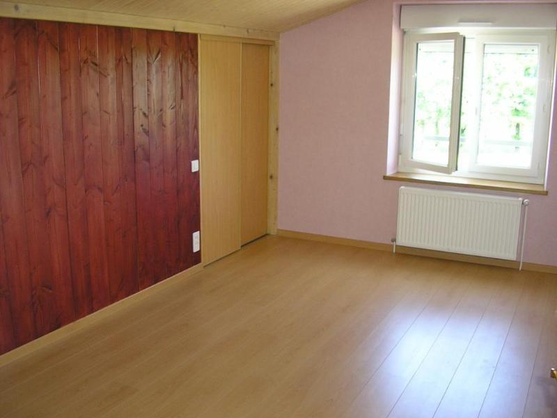 Location appartement Vieu d izenave 618€ CC - Photo 3