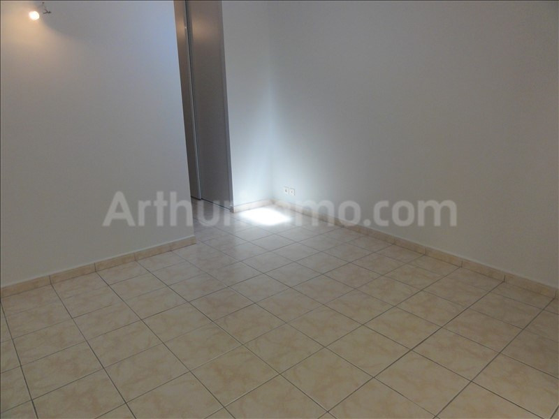 Location appartement Frejus 631€ CC - Photo 5