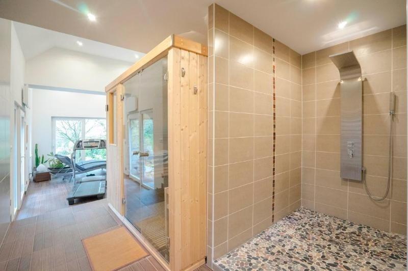 Deluxe sale house / villa Durningen 950000€ - Picture 8