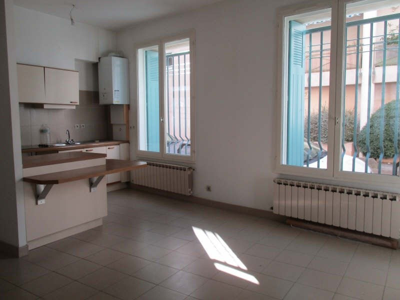 Rental apartment Nimes 455€ CC - Picture 1