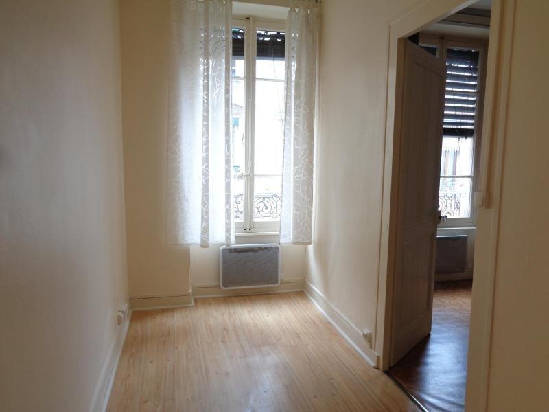 Location appartement Lyon 6ème 549€ CC - Photo 2