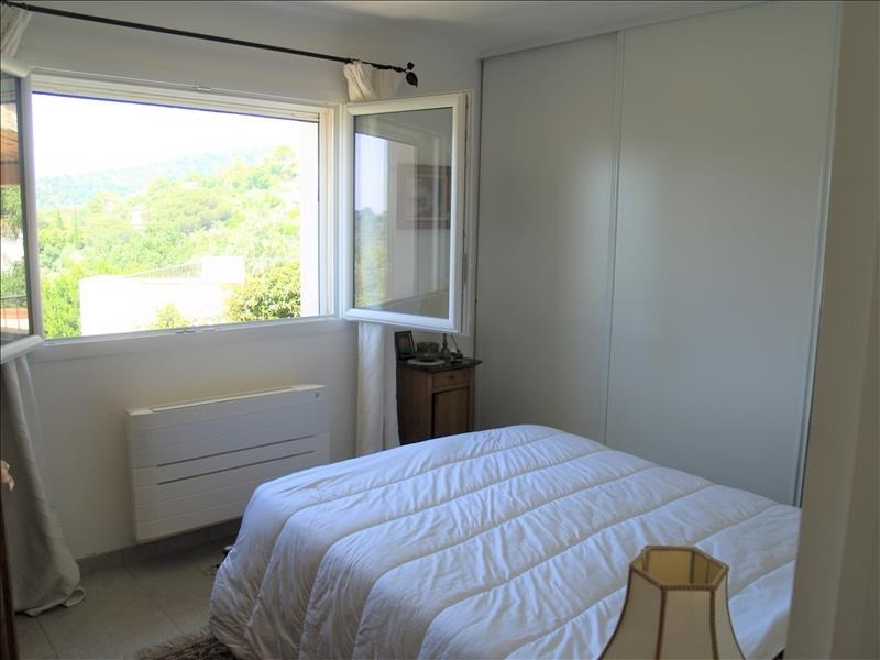 Deluxe sale house / villa Les issambres 750000€ - Picture 7