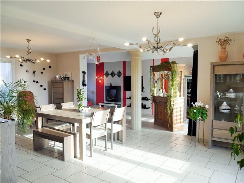 Sale house / villa Hinges 332800€ - Picture 4