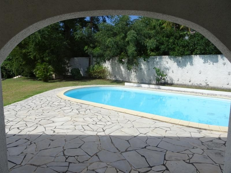 Rental house / villa La possession 1600€ CC - Picture 3