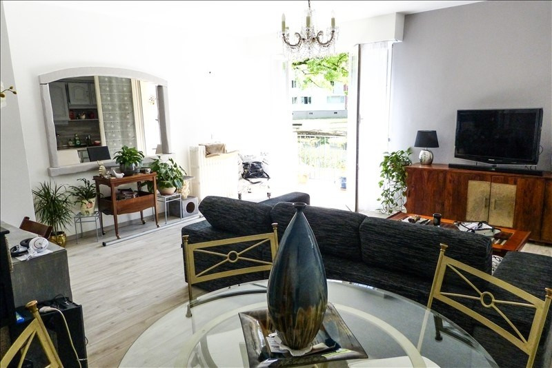 Sale apartment Pau 160 500€ - Picture 1