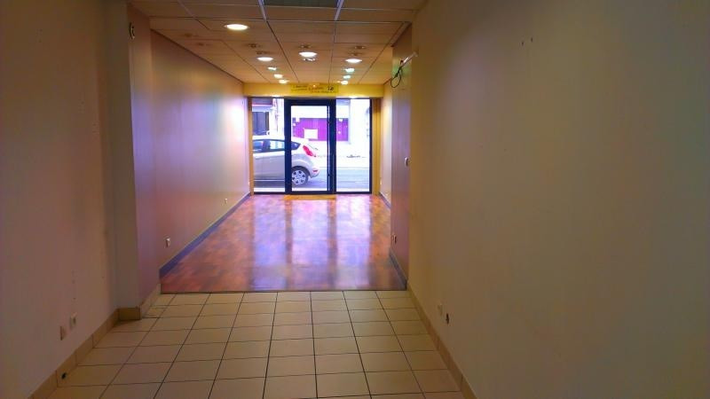 Location local commercial Nantua 250€ +CH/ HT - Photo 3