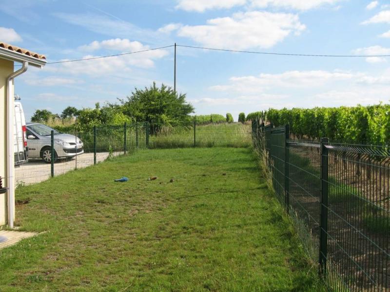 Rental house / villa Saint-quentin-de-baron 687€ CC - Picture 4