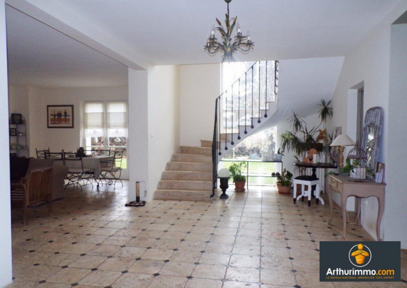 Deluxe sale house / villa Paris 16ème 889 000€ - Picture 2