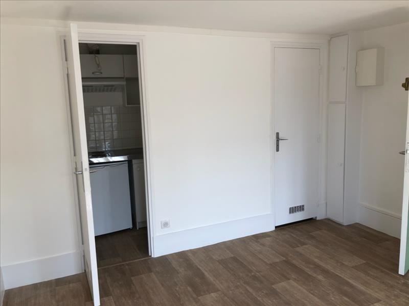 Rental apartment Nanterre 650€ CC - Picture 2