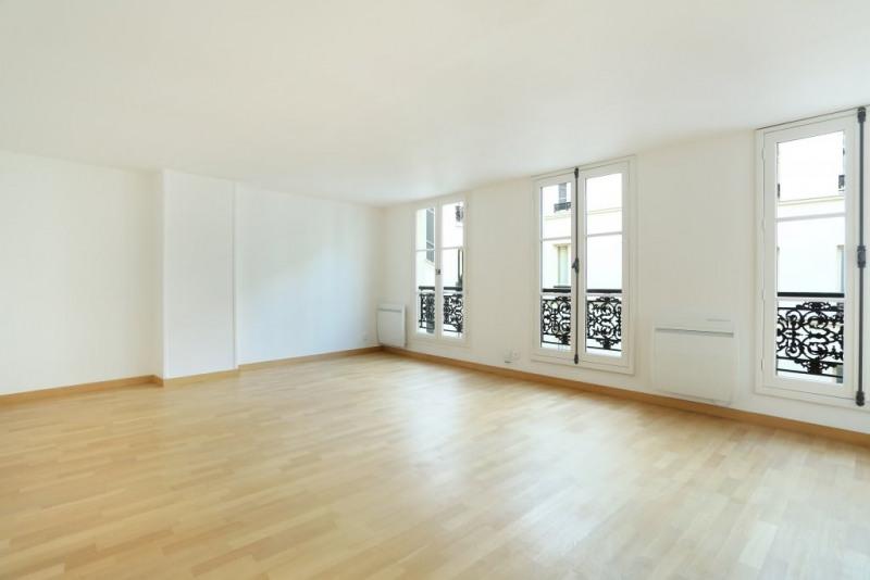 Location appartement Paris 9ème 1200€ CC - Photo 2