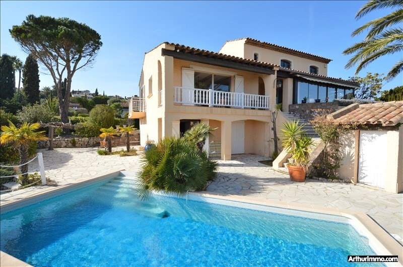 Deluxe sale house / villa St aygulf 770 000€ - Picture 2