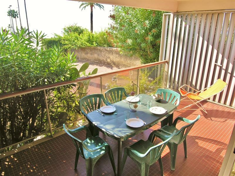 Location vacances appartement Golfe juan 490€ - Photo 9